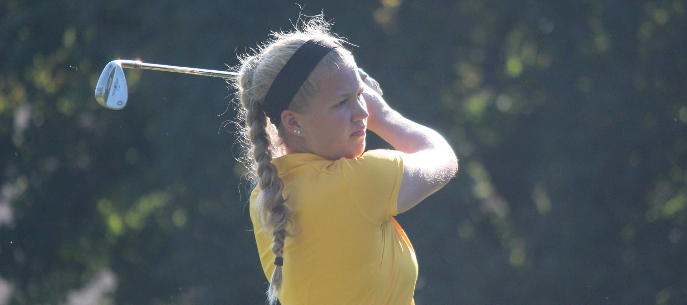 Women's Golf In Fourth Through Day One Of Great Midwest Fall Invitational