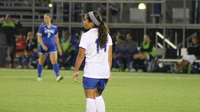 Women's Soccer Tops UNH 1-0 on Sunday