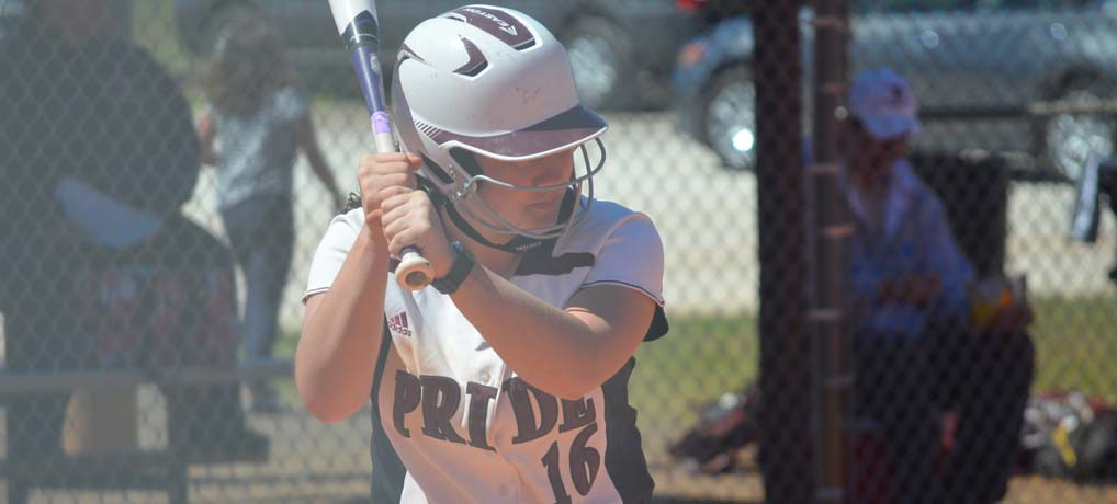Strong Offensive Showing Leads Softball Past Lesley and William Paterson