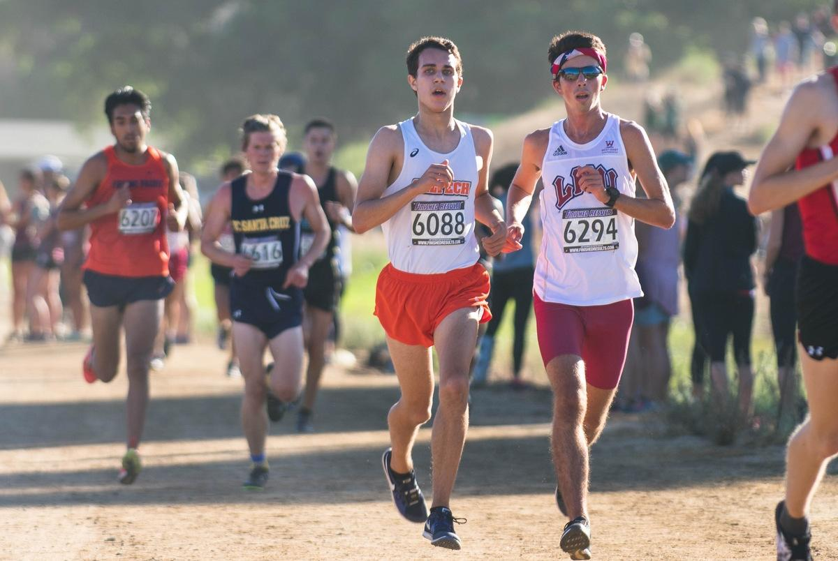 Ricci Breaks 8K Record at Pomona-Pitzer Invite