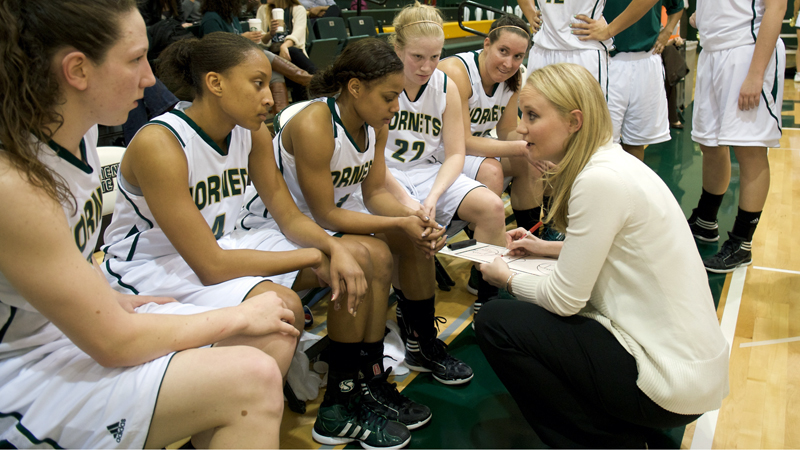 Women's Basketball Preseason Q&A With Head Coach Jamie Craigshead