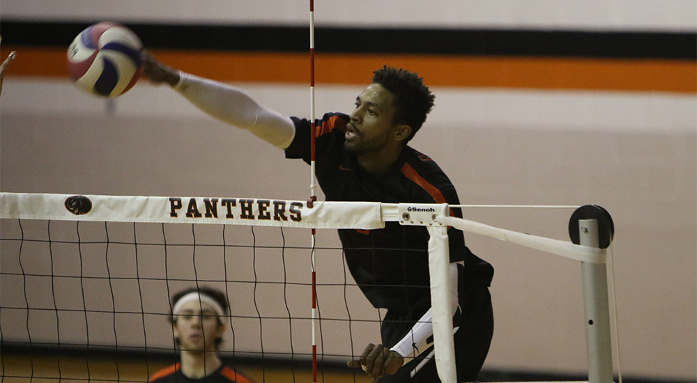 Men's volleyball set back by Fontbonne