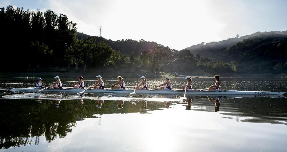 Women's Rowing Takes on Saint Mary's Saturday