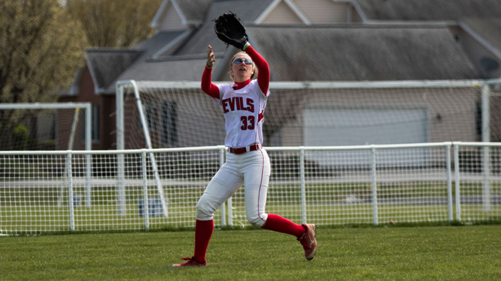 Softball Sweeps Haverford to Open Conference Play