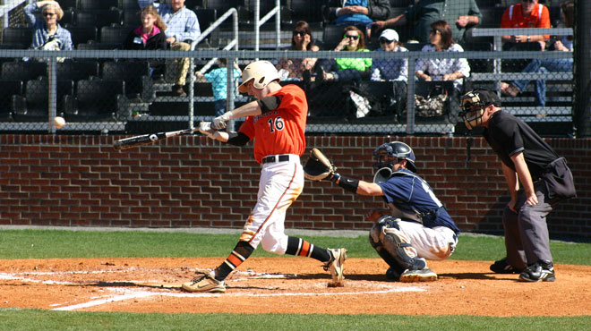 Hendrix's Sims Joins SCAC 200-Career Hit Club