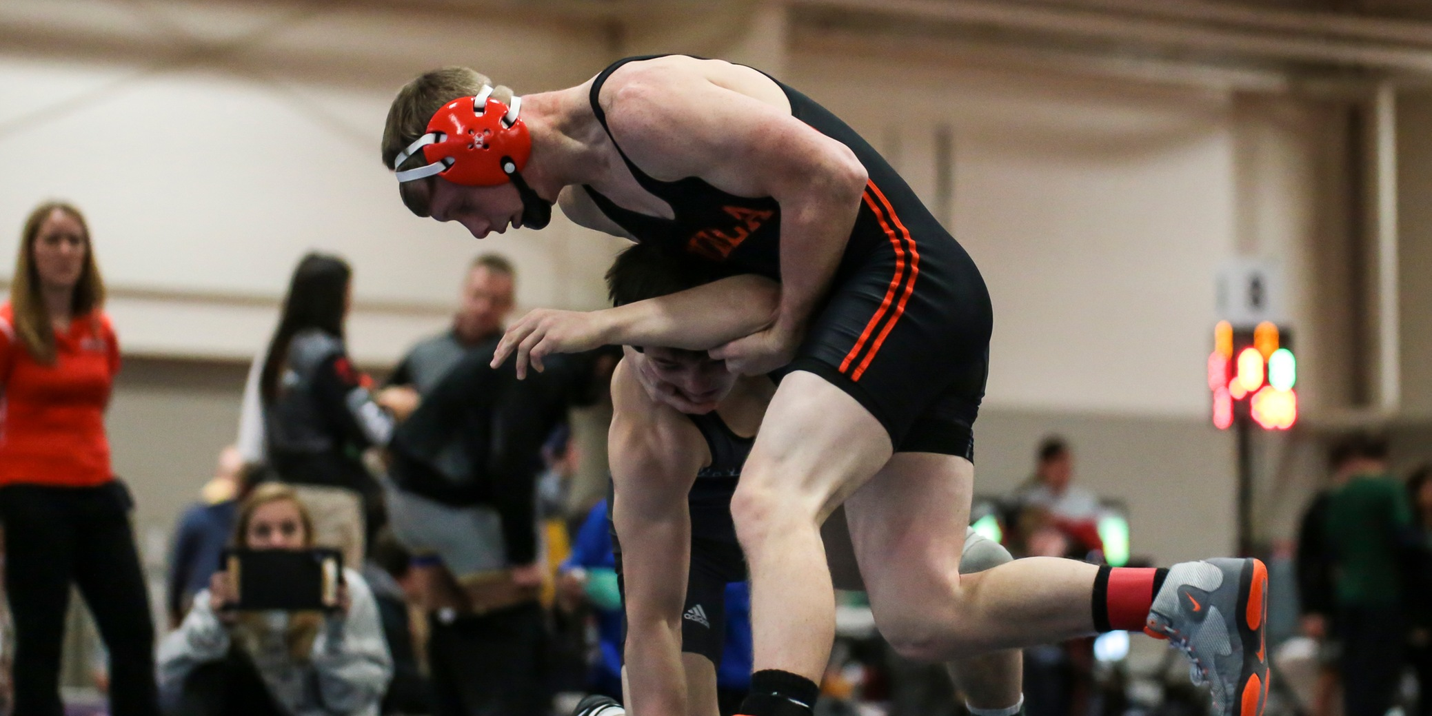 Roughnecks Drop Final Dual of Season | Look Ahead to Midwest Regional