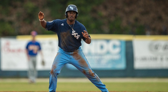 Manatees Pull to 2-0 in Suncoast Conference
