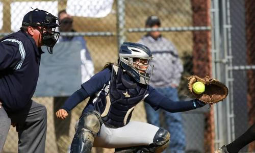 UMW Softball Splits Saturday CAC Twinbill with Wesley