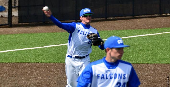 Baseball winning streak hits seven with doubleheader sweep of Marian