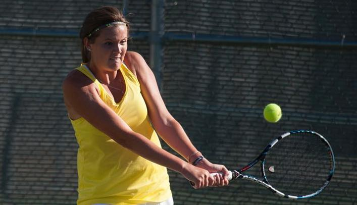 Women's Tennis Earns Three Top-Three Finishes at UW-Whitewater Tournament
