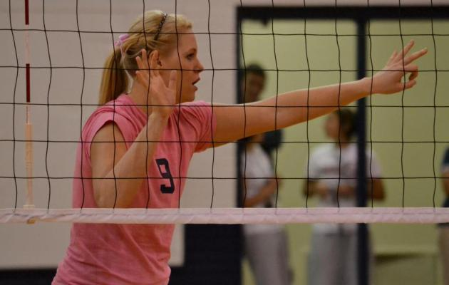 Cobra Women's Volleyball Goes 1-2 in Opening Day at Battle of the Springs Tournament