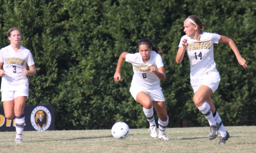 Carson-Newman Keeper Stifles Women's Soccer in 3-0 Shutout Loss in Tennessee