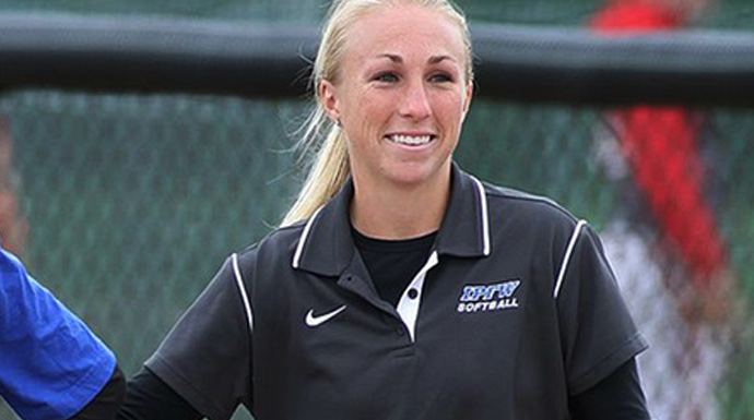 Cromwell To Lead Fontbonne Softball