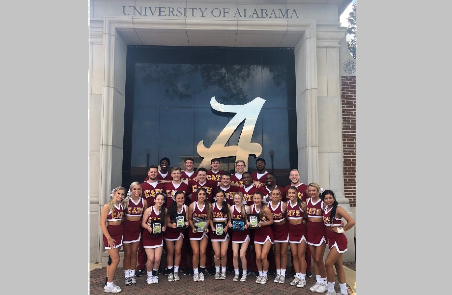 Jones College cheerleaders win multiple awards at UCA Camp