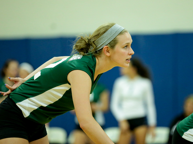Volleyball Falls Short at Walsh