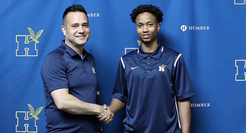 VAUGHAN S.S. STANDOUT JOINS HUMBER BASKETBALL
