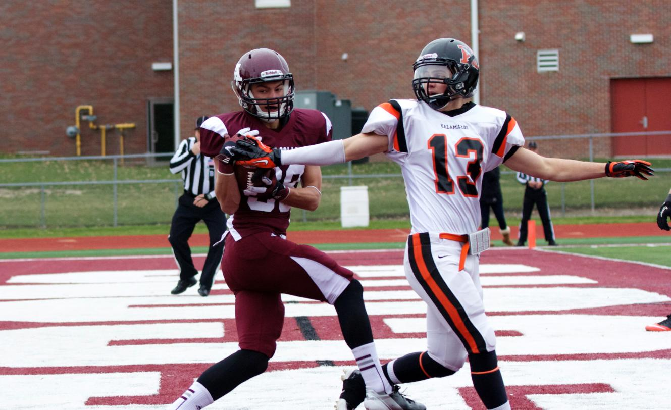 Football drops 17-13 decision to Kalamazoo on Senior Day
