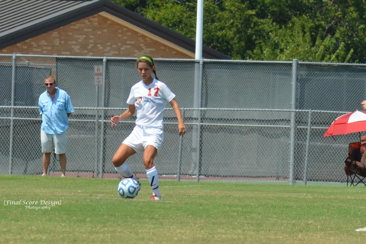Women's Soccer Falls in Regular Season Finale