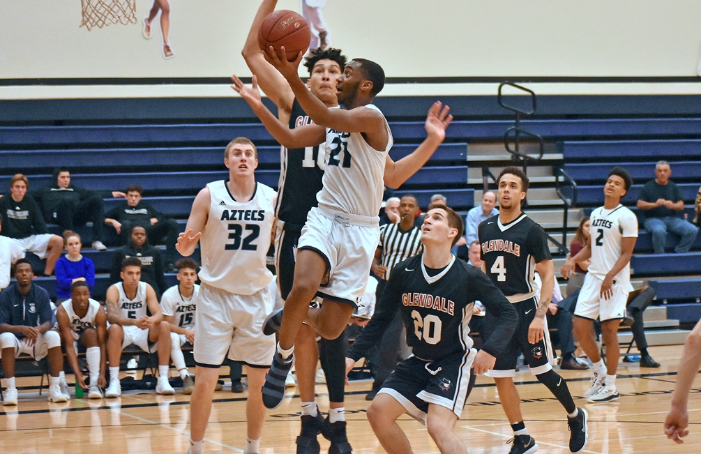 Sophomore Alize Travis scored all 14 of his points in the second half and also had six assists in Pima's 87-77 road win at Division I's Eastern Arizona College. The Aztecs improved to 7-1 overall and 3-1 in ACCAC conference play. Photo by Ben Carbajal.