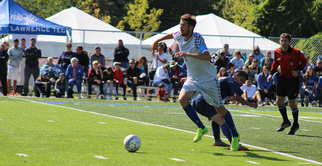 Santiago Amigo scores in 4-0 win over Siena Heights on Homecoming.