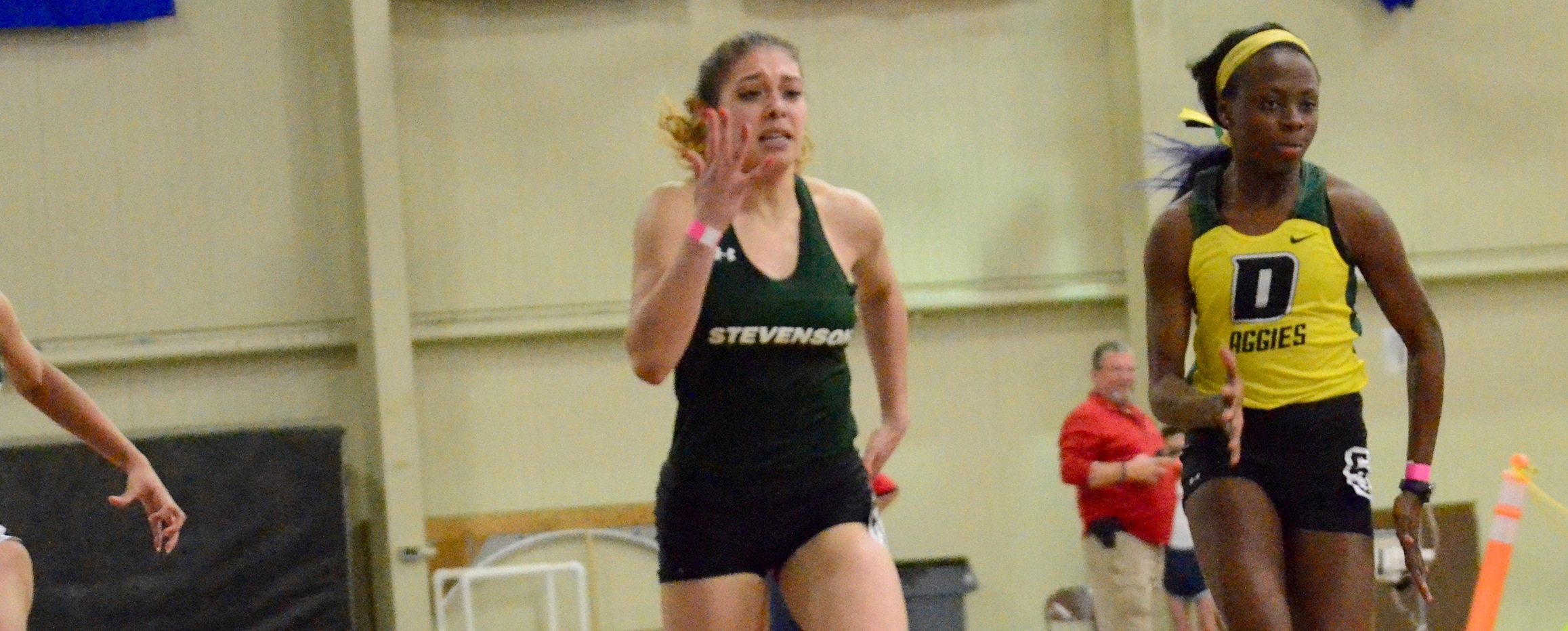 Bishop Wins Weight Throw, Mustangs Second After First Day of MAC Championships