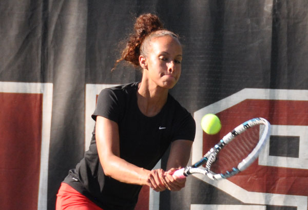 Women's Tennis: Panthers edge Wesleyan for second straight win