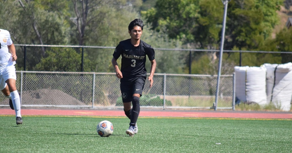 Mariners' Men's Soccer Downed by Mustangs 7-1