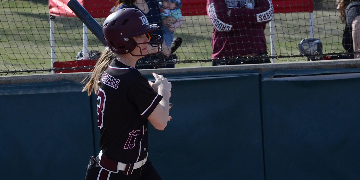 Rally Comes Up Short as Evangel Softball Falls to William Penn