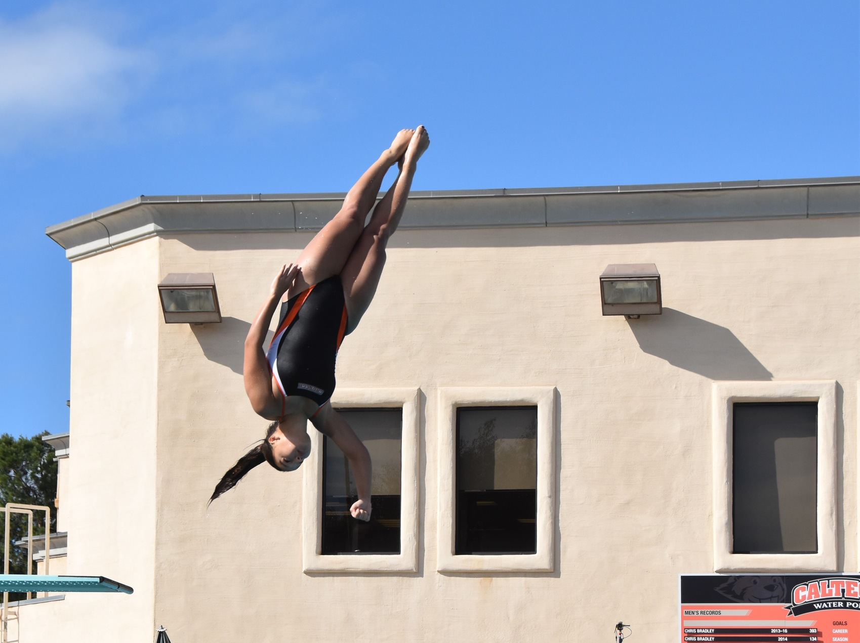 Brown Makes Regional Diving Debut at Grinnell