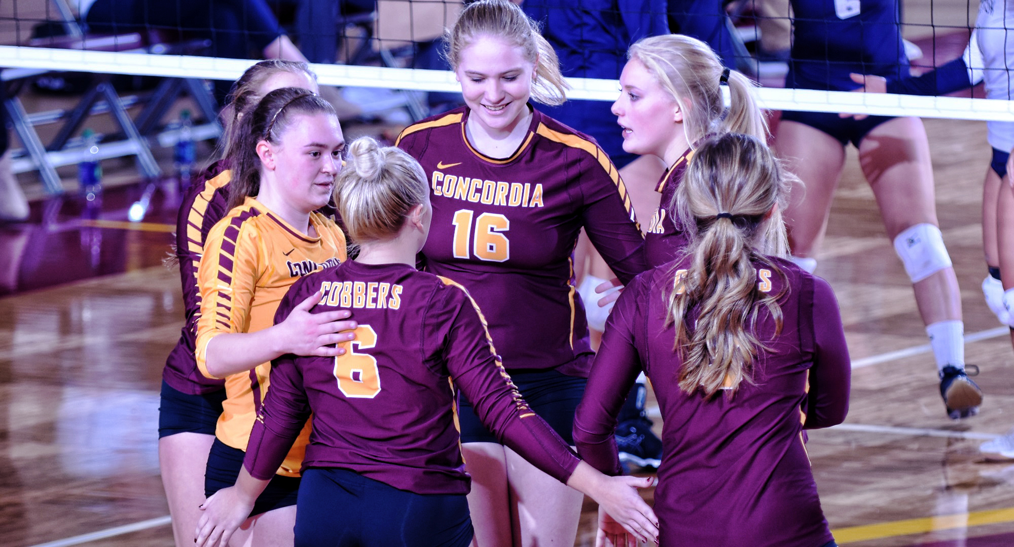 The Cobber volleyball team beat Hamline to win its third straight conference match.