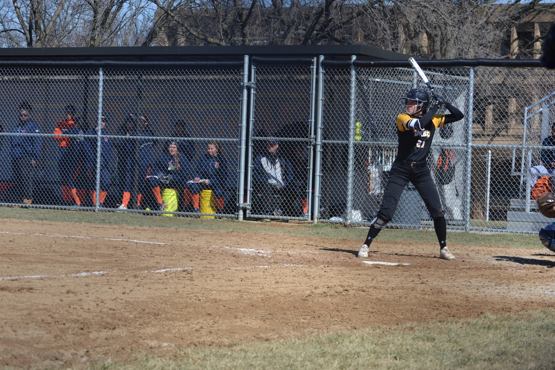 Three Retrievers Record Two Hits, Softball Drops Game Against La Salle