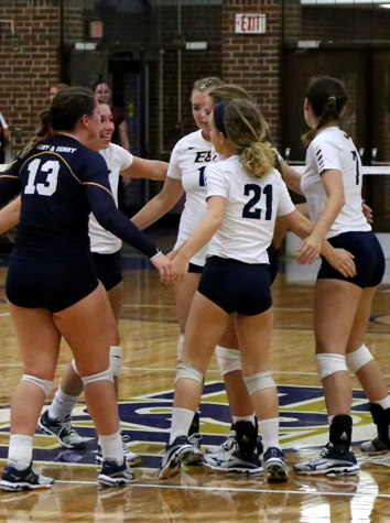 Emory & Henry Volleyball Splits A Pair Of Matches At Bridgewater Saturday