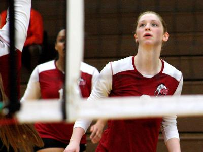 Game Recap: Volleyball Sweeps Lehigh Carbon