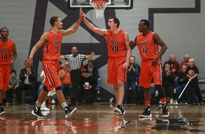 Oilers Top Panthers 80-76