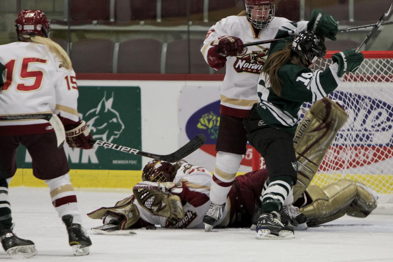 Women's Hockey: NU downs Castleton 5-2 to advance to fourth straight ECAC East final