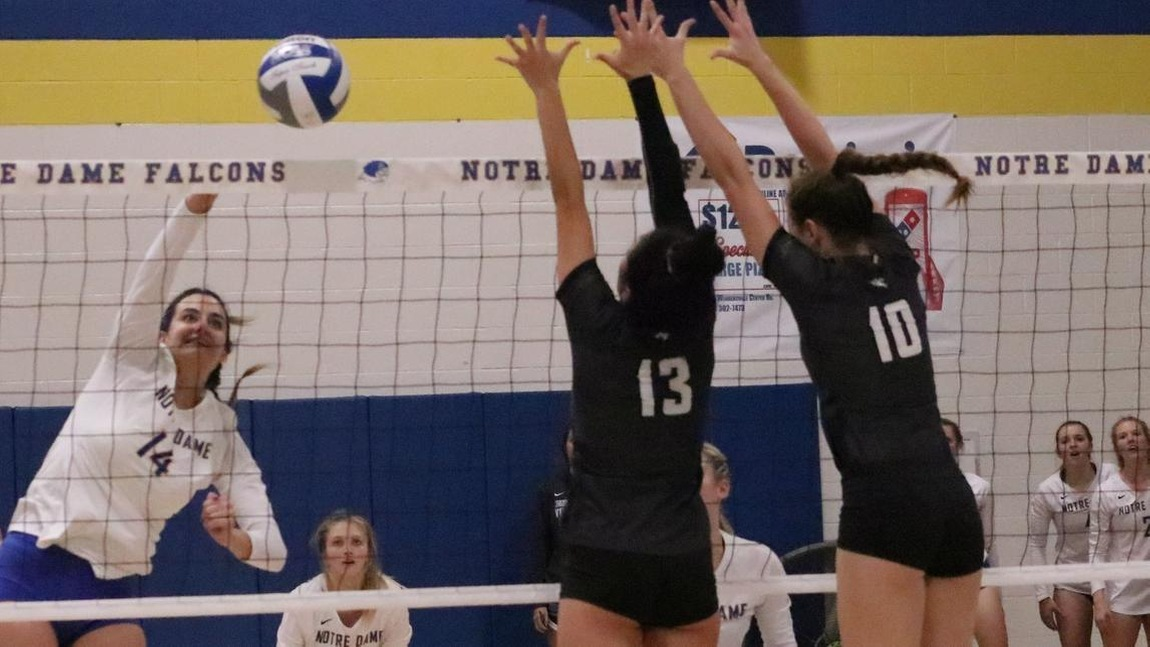Volleyball's 10-Game Win-Streak Over Notre Dame College Ends