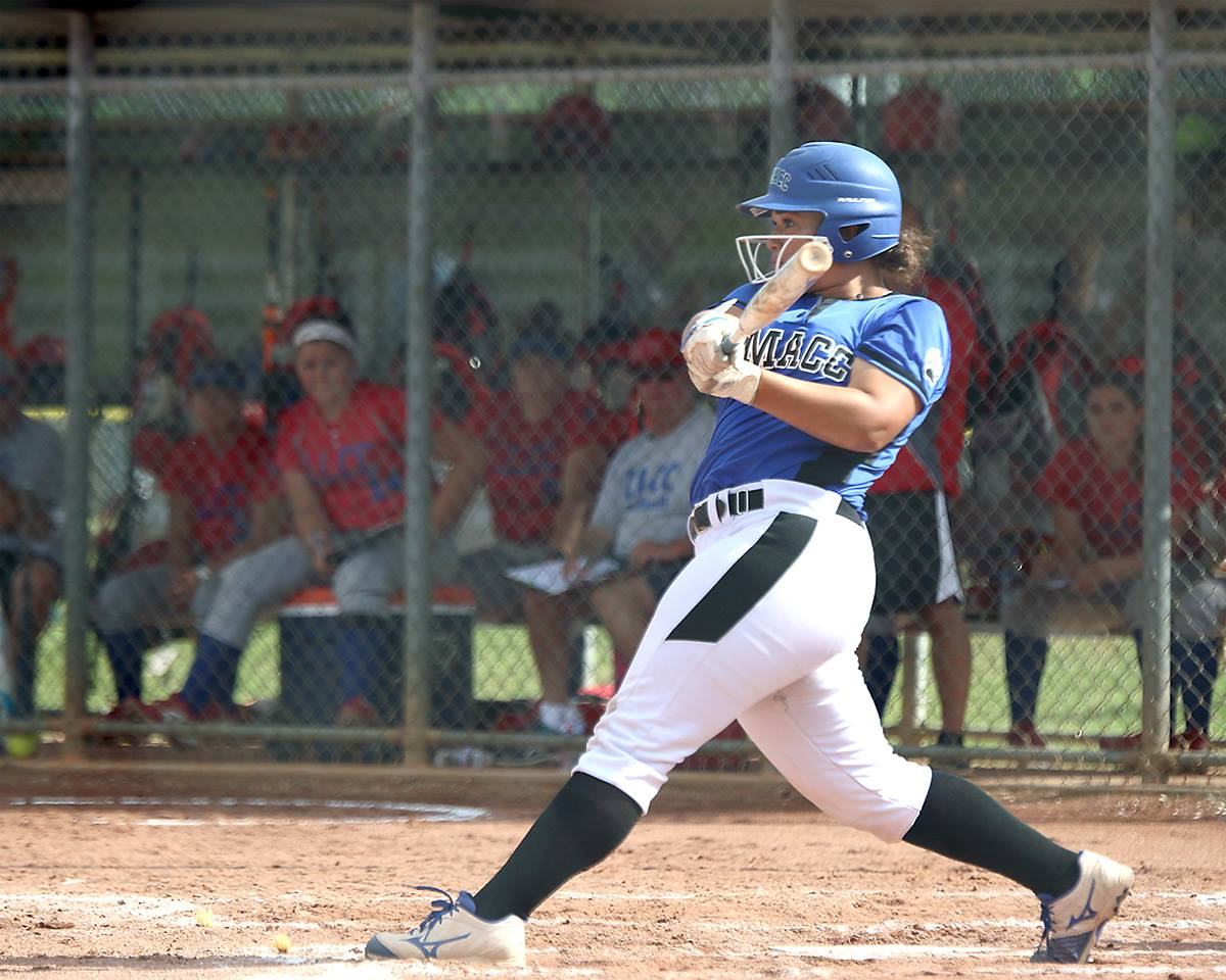 DMACC softball team advances to national tournament semifinals after 9-1 win over Lincoln Land