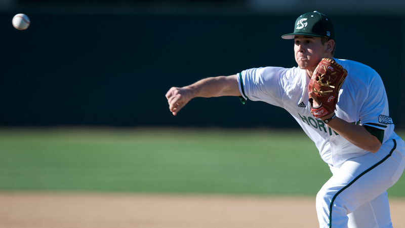 BASEBALL EVENS SERIES WITH CSU BAKERSFIELD FOLLOWING 5-0 VICTORY