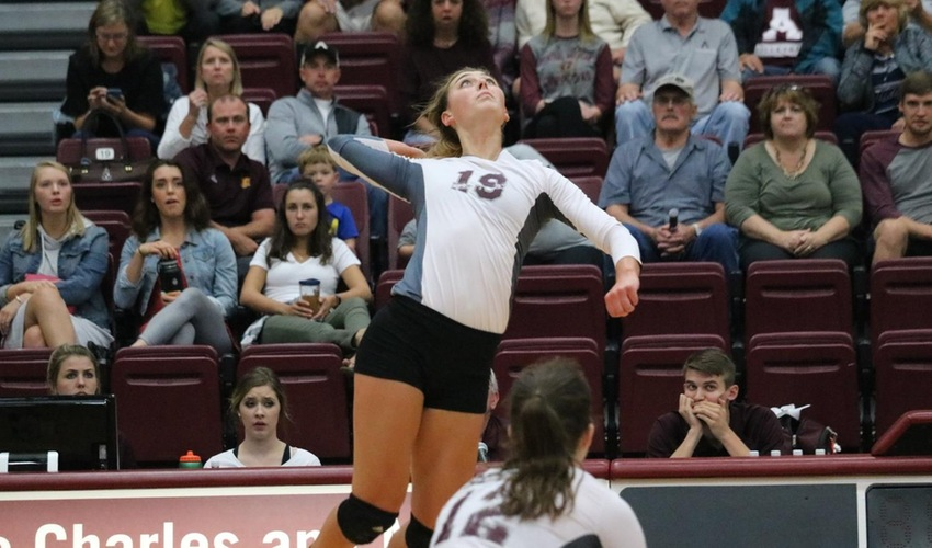 Scots Fall to No. 1 Calvin in Straight Sets