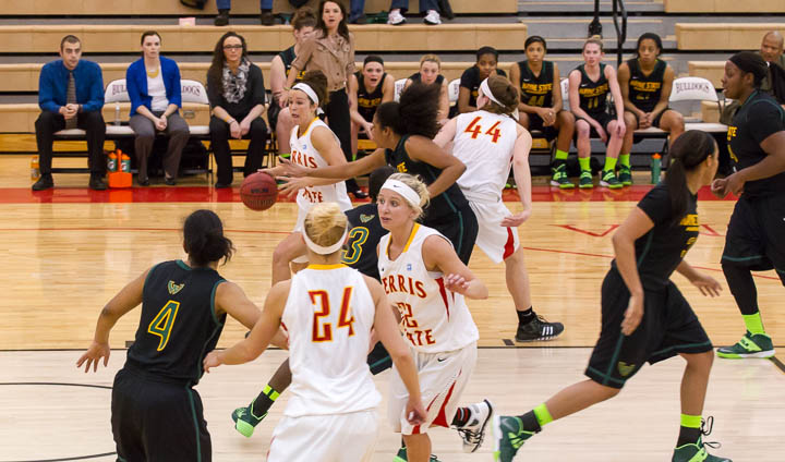 Ferris State Knocks Off #21 Wayne State In Home Contest With Big Second Half