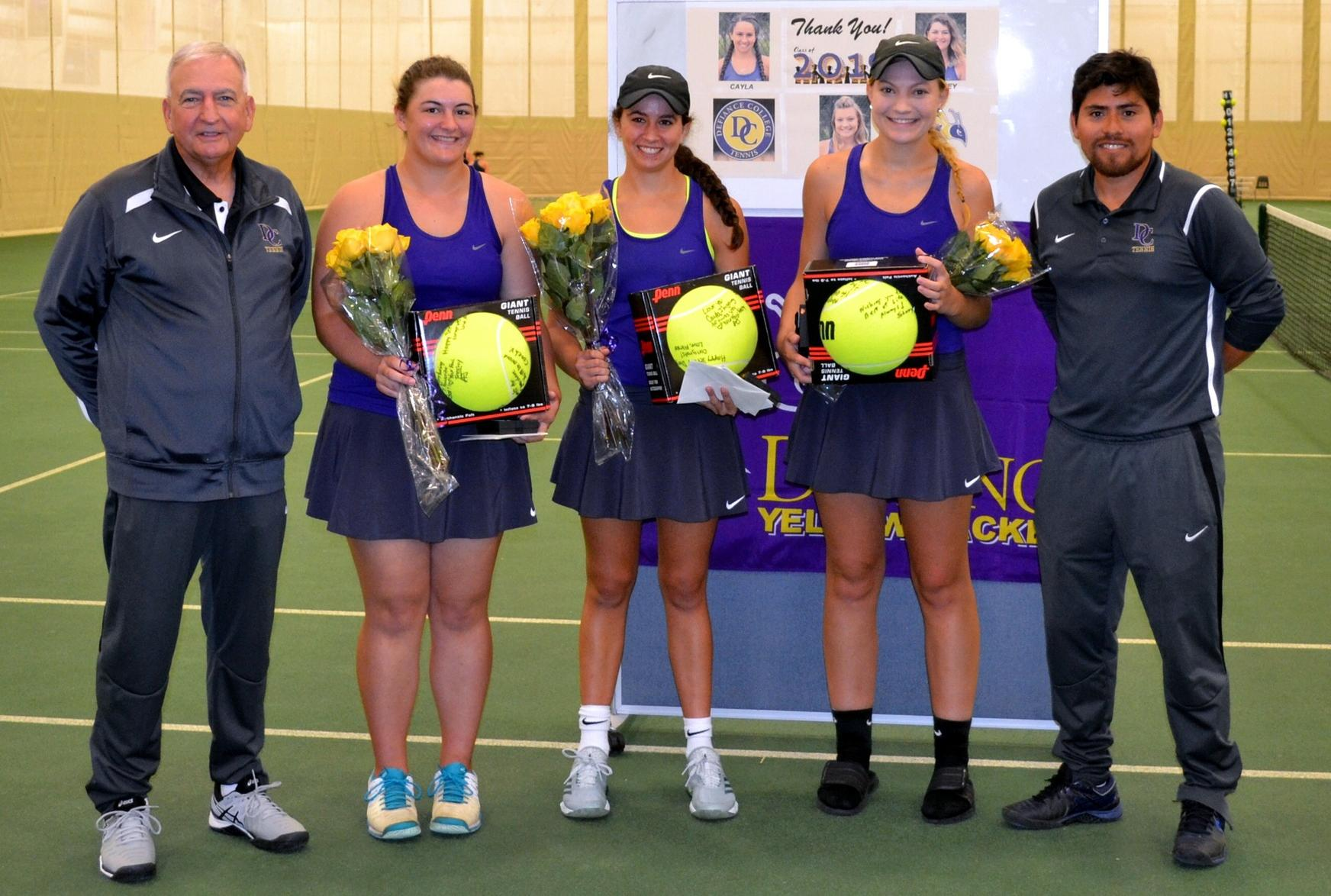 Senior Day Split for Women's Tennis