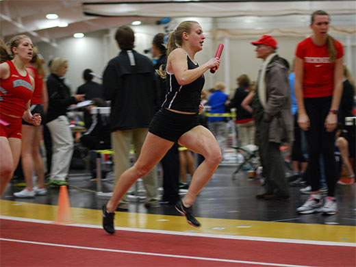 Women's track finishes in tie for 2nd at Centennial championships