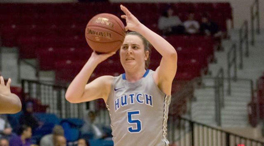 Kelsey Brett scored a career-high 12 points in Hutchinson's 75-57 road victory on Wednesday at Barton. (Allie Schweizer/Blue Dragon Sports Information)
