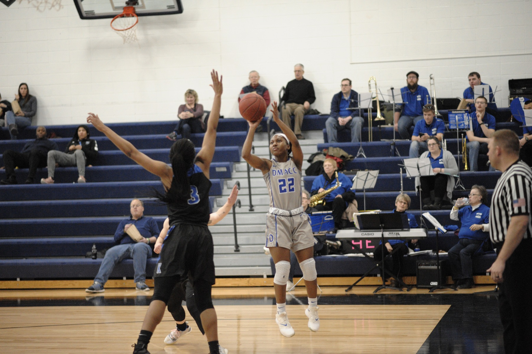 DMACC women's basketball team beats LPT, falls to NIACC
