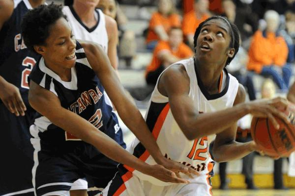 Lady Eagles start SAC play fast; Hold off visiting Catawba, 79-71