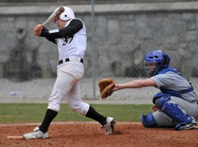 Petrels Drop Road Half of Two-Game Series to Berry, 9-4