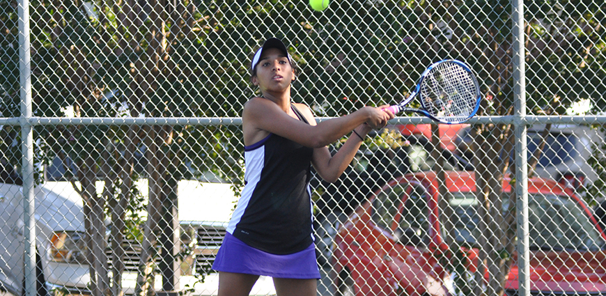 Women's Tennis Team Comes Up Short Against Christian Brothers