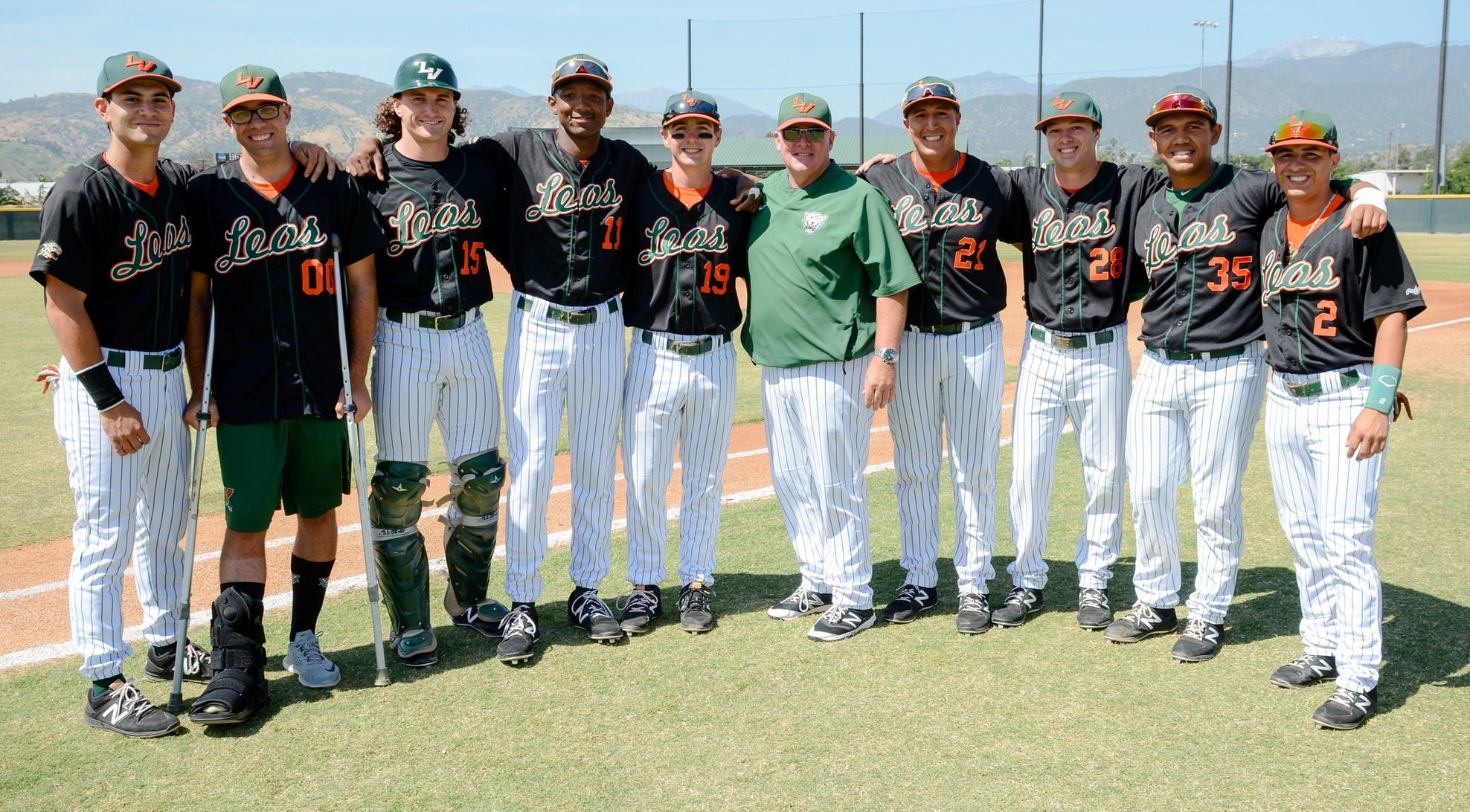 Baseball rallies to beat Whittier 10-9 on Senior Day