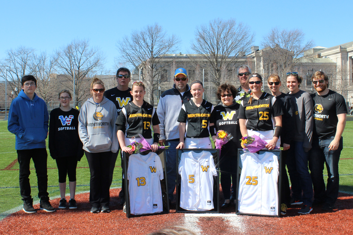 Myers Walks Off With Nightcap Win; Seals Sweep For Softball On Senior Day