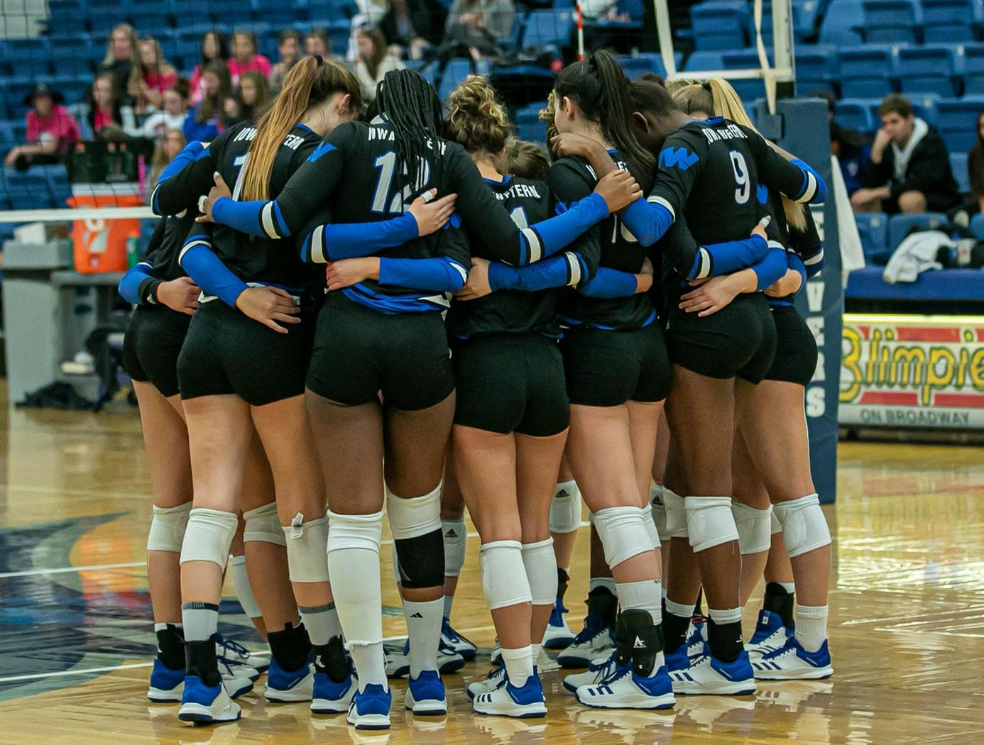 Champaign Tastes Like a Sweep for Reivers in Final Weekend